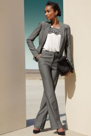 Elegant-pants-suits-ideas-for-weddings-4